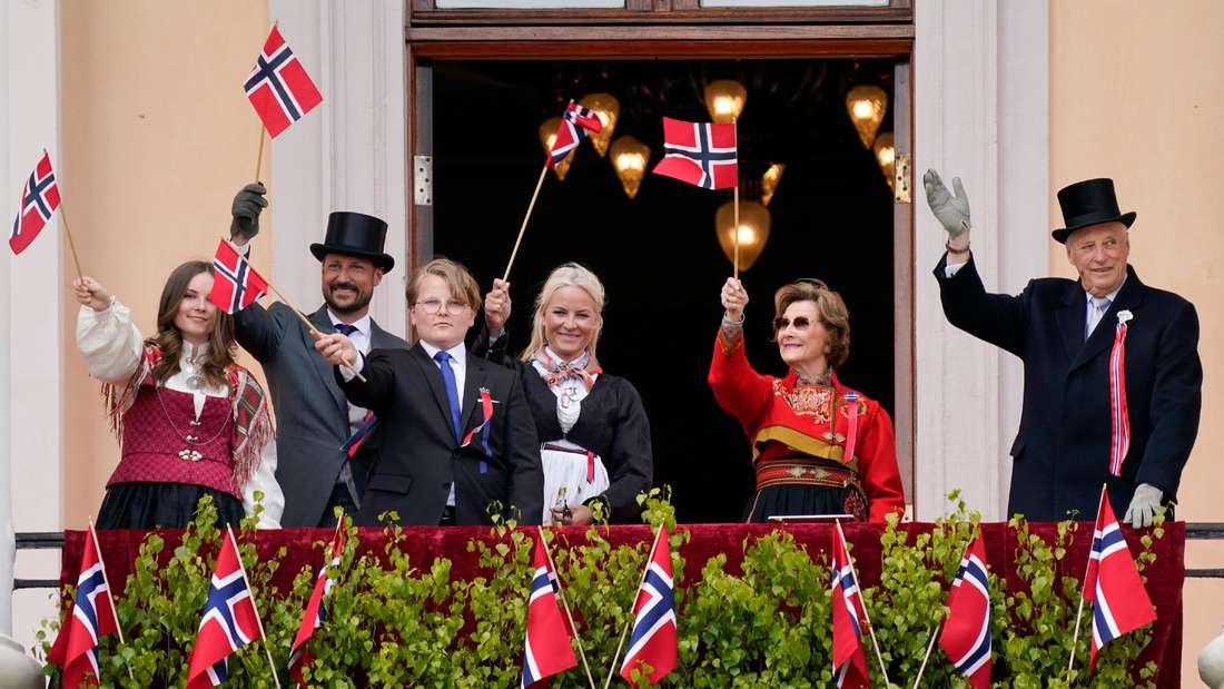 Die norwegische Königsfamilie mit König Harald V. als Oberhaupt