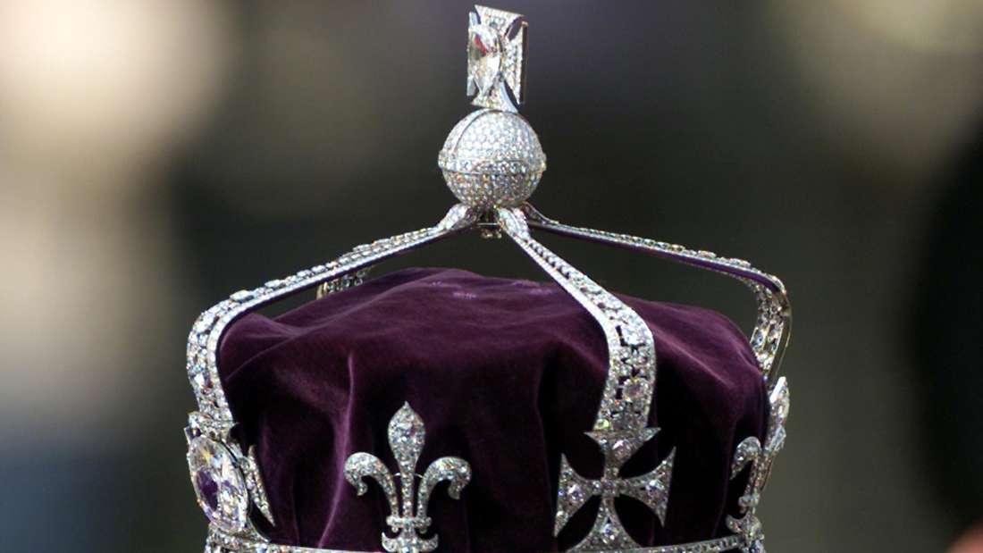 Die Krone der Königinmutter in Nahaufnahme