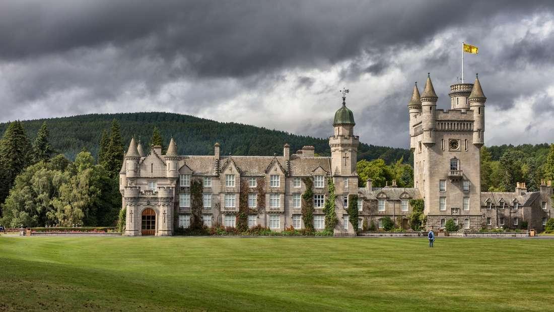 Blick auf Balmoral Castle in Schottland